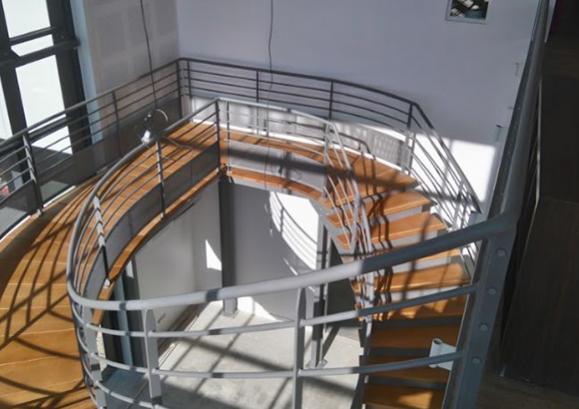 pose escalier en métal