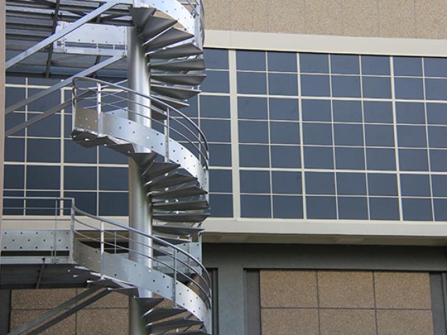 Escalier métalique en colimaçon